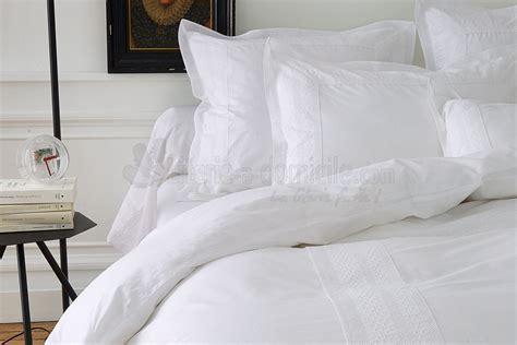 lit blanc linge de lit anecdotes blanc de sylvie thiriez