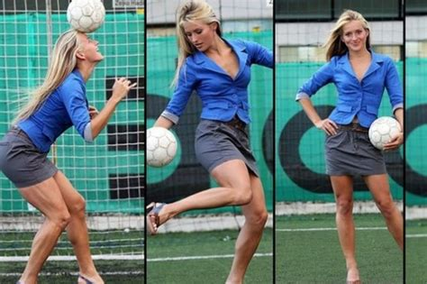 panchina di calcio nemcic miss in panchina calcio sportmediaset foto 1