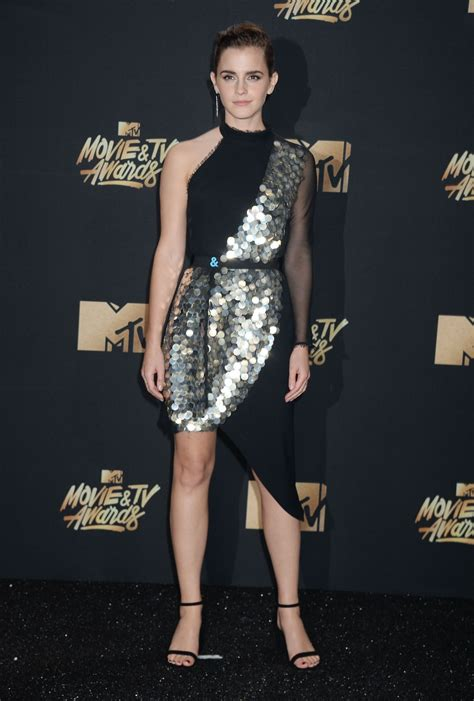 emma watson at 2017 mtv movie tv awards in la celebzz emma watson mtv movie and tv awards in los angeles 05 07