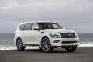 Infinity Suv Infiniti Rolls Out New Sedan Suv In Chicago