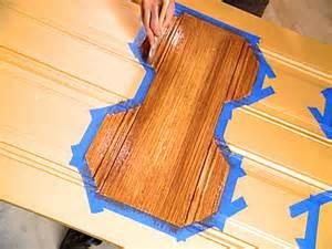 Faux Wood Painting Tools - decorative paint technique woodgraining instructions how tos diy