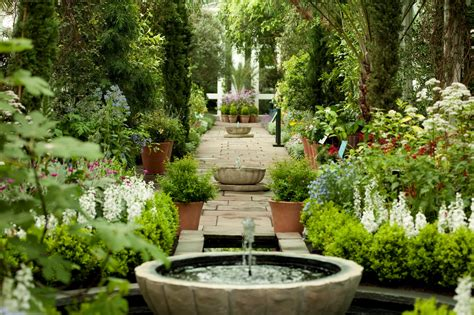 beautiful backyard spanish gardens alhambra really fascinating palace and hunted by foreign travelers traveldigg