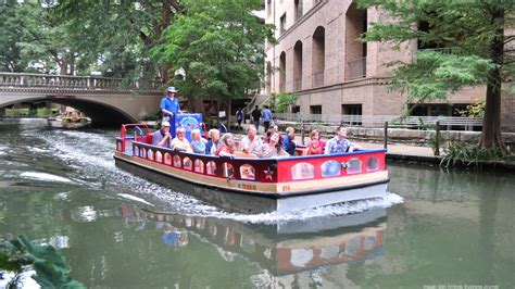 san antonio riverwalk boat rio san antonio cruises ceo has concerns about city s
