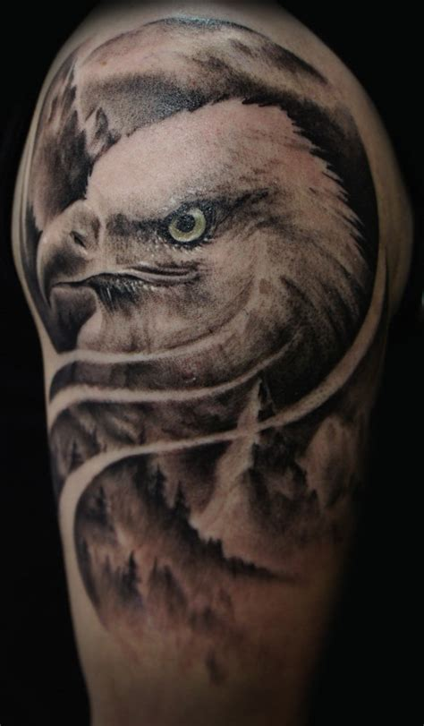 tattoo eagle realistic 35 majestic eagle tattoo designs amazing tattoo ideas
