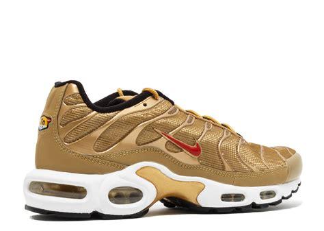 Nike A Max air max plus qs metallic gold metallic gold