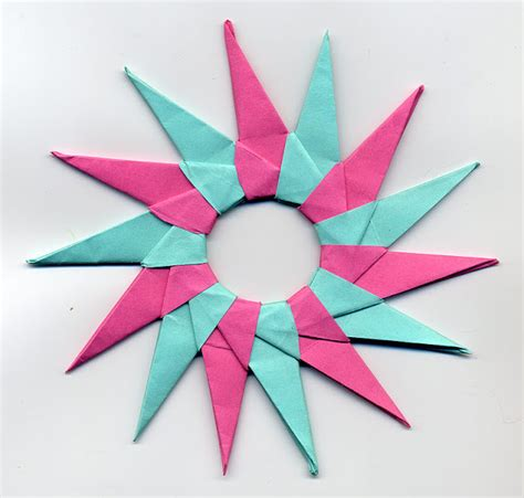 5 Note Origami - cool origami with post its comot