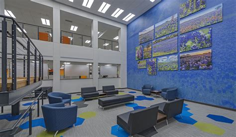 Geico Corporate Office by Geico Office Renovation American Structurepoint