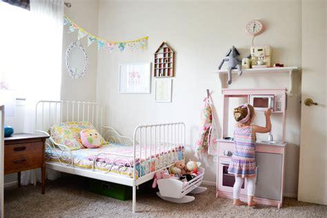 Modern Girls Room gallery for gt modern girl toddler room