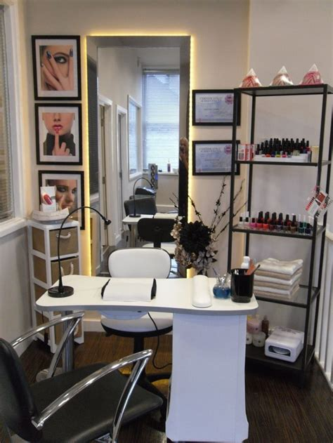 home salon decorating ideas nail station salon design on a dime pinterest nail