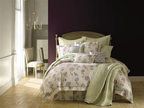 Court Of Versailles Bedding by Charitybuzz Court Of Versailles Odine Bedding