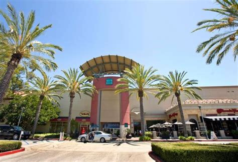 Nordstrom Rack Mission Viejo by New Retail In O C Sprint Radioshack C Pop Up Shop