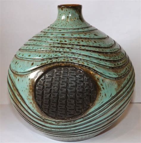 Atlantis Vase by 75 Best Poole Pottery Images On Ceramic