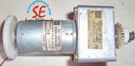 Gearbox Motor Dc Toshiba 22rpm 24vdc gearbox motor dc toshiba 24v 22rpm second berkualitas malang electronic