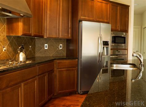 kitchens cabinets online how do i choose the best kitchen cabinets online