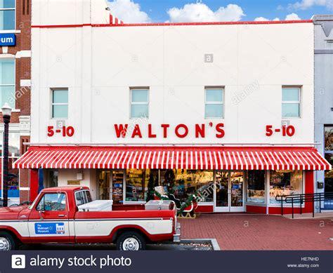 five and dime stores sam walton s first five and dime store in bentonville