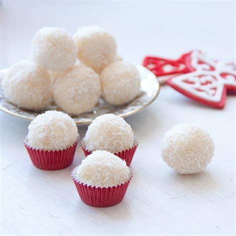 30 sweet and pretty christmas dessert recipes moco choco