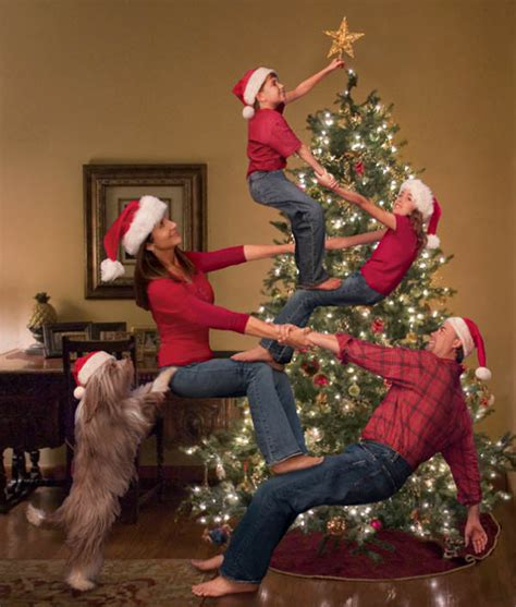 images of christmas family portraits 24 absolutely creative family portraits you can shoot