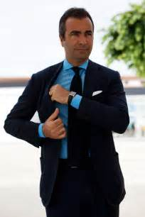 what color shirt with navy suit gq grey suit pink shirt teal tie memes