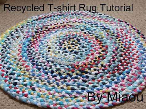 Recycled T Shirt Rug by Recycled Tshirt Rug Tutorial Crafts Other Than