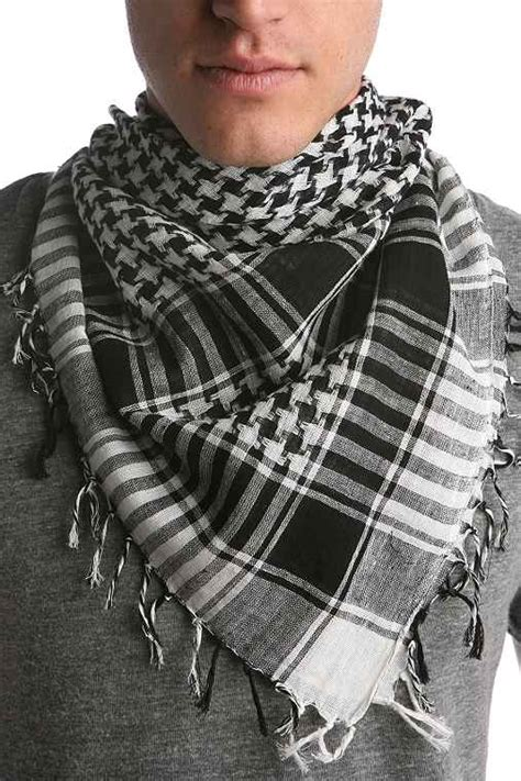 arab scarf pattern meaning the keffiyeh fashionsphere