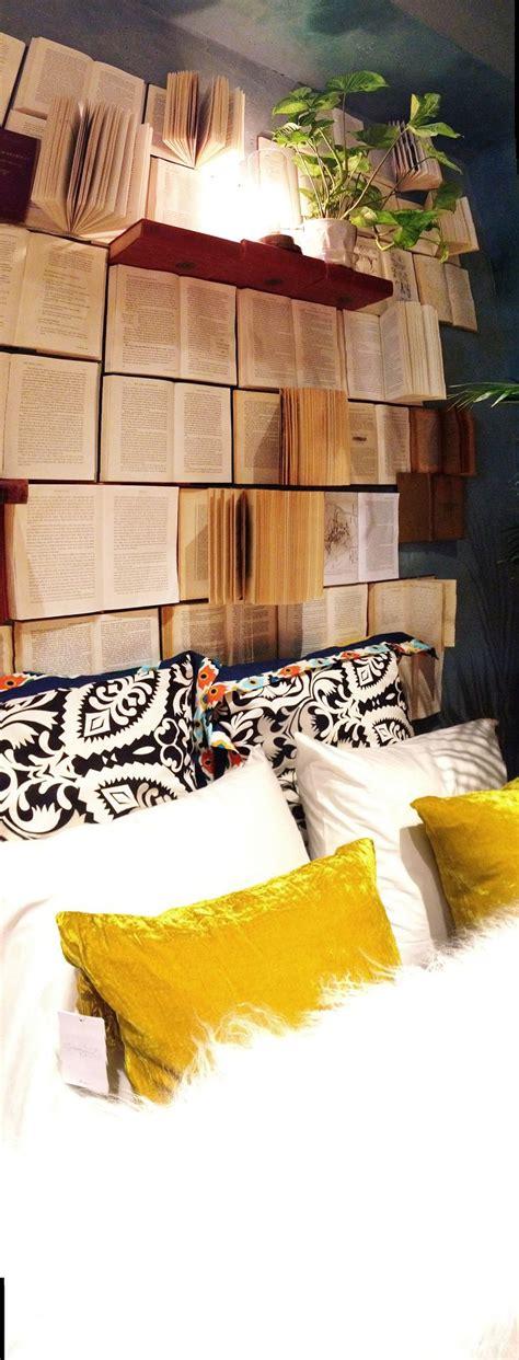 Book Headboard by 17 Bookshelves That As Headboards