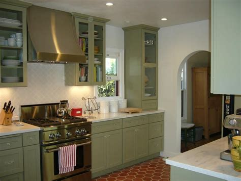 kitchens with green cabinets images for green kitchen cabinets taupe gray and
