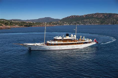Carpet Calculator 156 turquoise motor yacht for sale motor yachts super