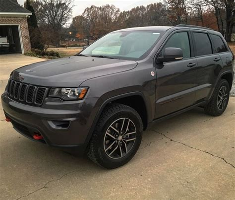 jeep grand cherokee trailhawk grey de 25 b 228 sta id 233 erna om jeep grand cherokee bara p 229