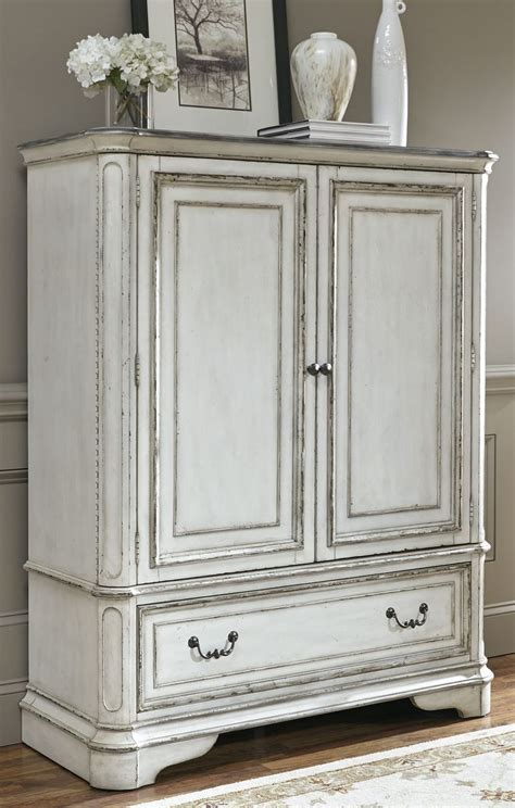Magnolia Manor Bedroom Set by Magnolia Manor Antique White Upholstered Panel Bedroom Set