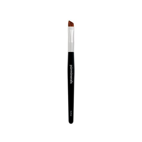 Eyeliner Brush eyeliner brush p 220 r the complexion authority