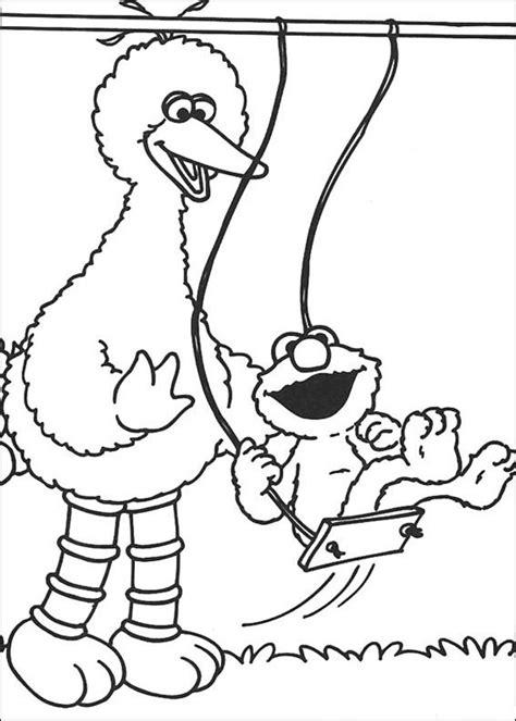 e for elmo coloring page desenho de elmo e garibaldo no parquinho para colorir