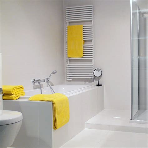 Yellow And White Bathrooms by 24 Yellow Bathroom Ideas Inspirationseek