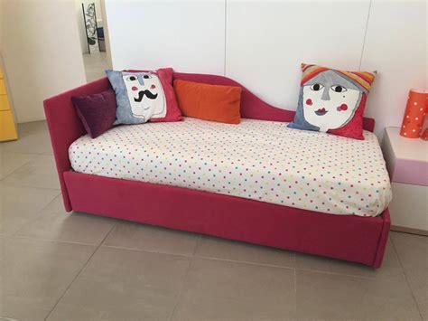 letto singolo imbottito con letto estraibile best letto con secondo letto estraibile ideas