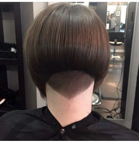 bob haircuts cut short into the neck 156 best neck line images on pinterest bob hairs bobs