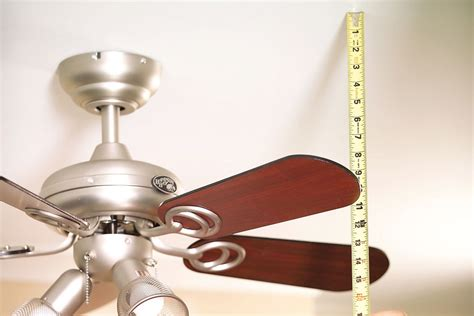 how to balance a ceiling fan without a kit 28 ceiling fan wobbles without blades ceiling fans