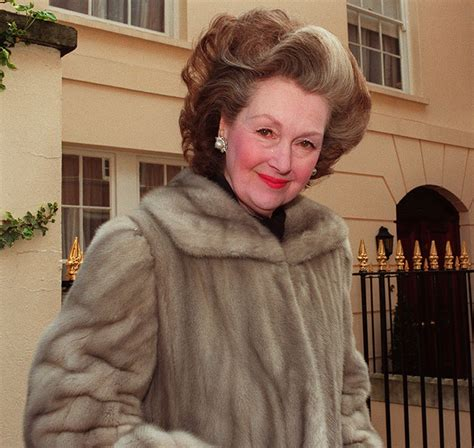 Raine Spencer Stepmother Of Princess Diana Dies Aged 87 | princess diana s stepmother raine spencer dies aged 87