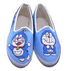 Bantal Punggung Doraemon new arrival