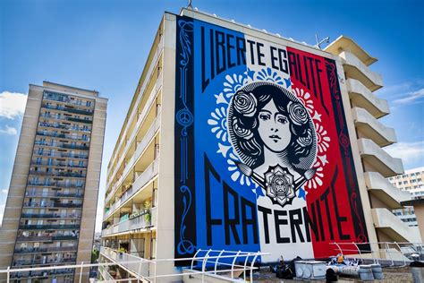 Wall Mural Artists libert 233 egalit 233 fraternit 233 shepard fairey on the top
