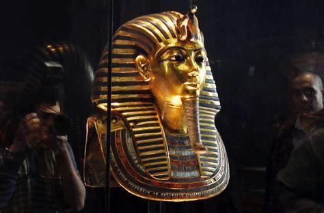 Spon Masker 196 gyptisches museum totenmaske tutanchamun besch 228 digt