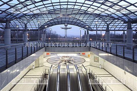 architektur dortmund stadtbahn haltestelle westfalenhallen dortmund