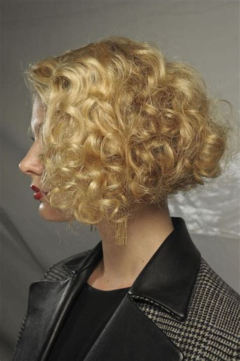 wavy bob hairstyles   reasons     trend