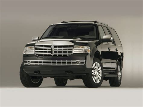 lincoln navigator 2014 lincoln navigator price photos reviews features