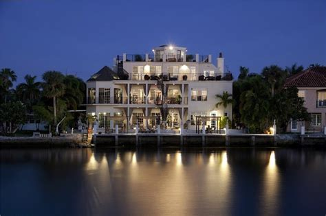 fancy houses fancy tropical manor in florida usa 24