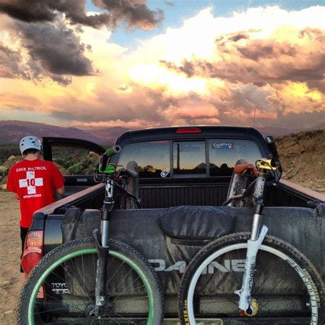 Dakine Bike Rack by Dakine Up Pad Truck Bed Racks Competitive Cyclist