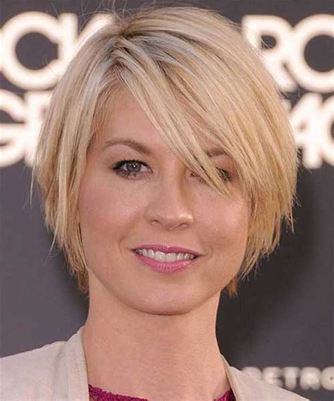 haircuts for fine straight hair round face 10 layered bob haircuts for round faces bob hairstyles