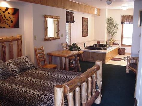 themed hotel rooms in iowa historical park motel updated prices reviews photos denison ia tripadvisor