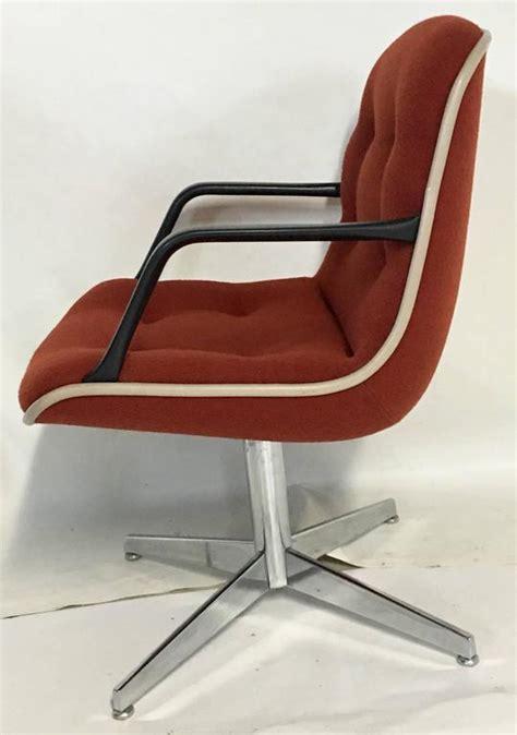 chrome folding upholstered armchair at 1stdibs 1980 s steelcase upholstered swivel chrome armchair for