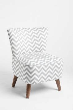 Chevron E Gift Card - grey chevron curtains on pinterest grey chevron rugs turquoise bathroom decor and