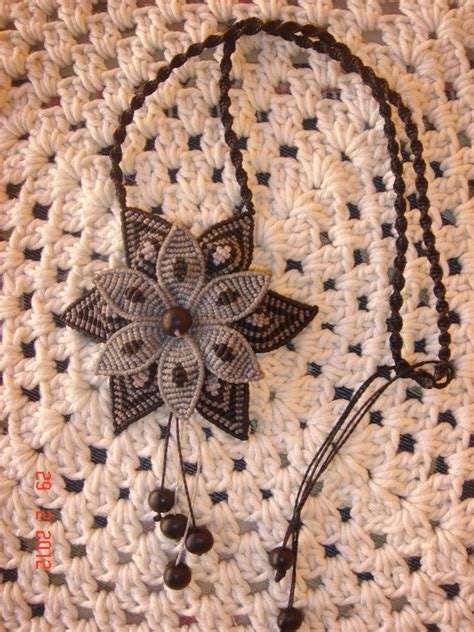 Macrame Knots Jewelry - 871 best macrame e ciondoli images on micro