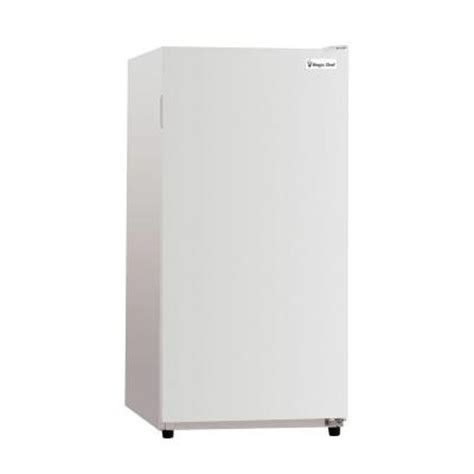 magic chef 8 8 cu ft upright freezer in white mcuf88w